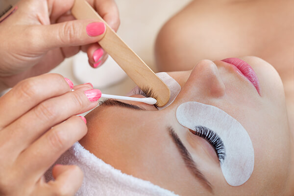 Lash Cleaning
